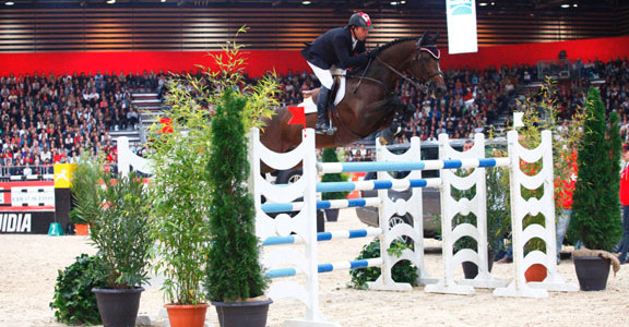 Olympic Champions Eric Lamaze and Hickstead Win in Lyon, France